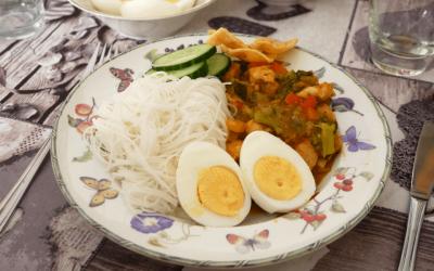 Recept | Mihoen met kip en broccoli in zoetzure saus