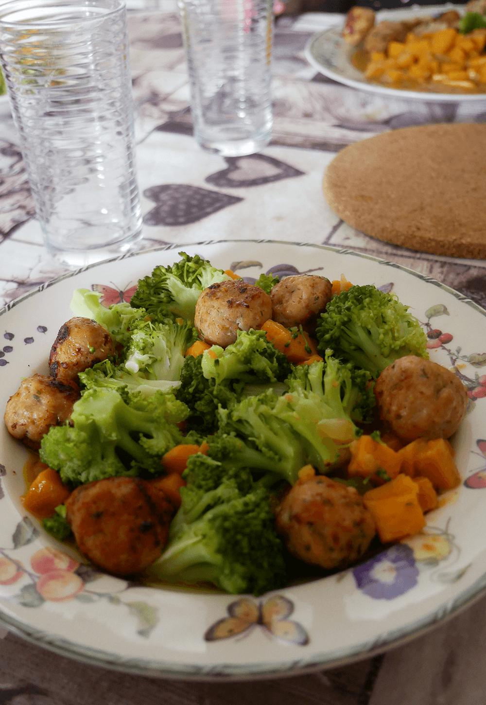 Zoete aardappel in kerrie