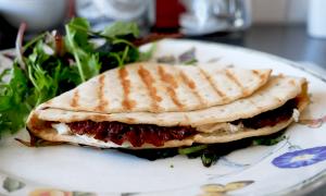 Recipe of the Day: TikTok's Tortilla Wrap Hack  |Tiktok Wraps